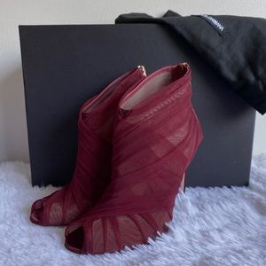 NIB Dolce & Gabbana Keira Tulle Ankle Booties 36